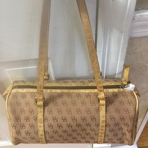 Stunning Dooney & Bourke Monogram Satchel